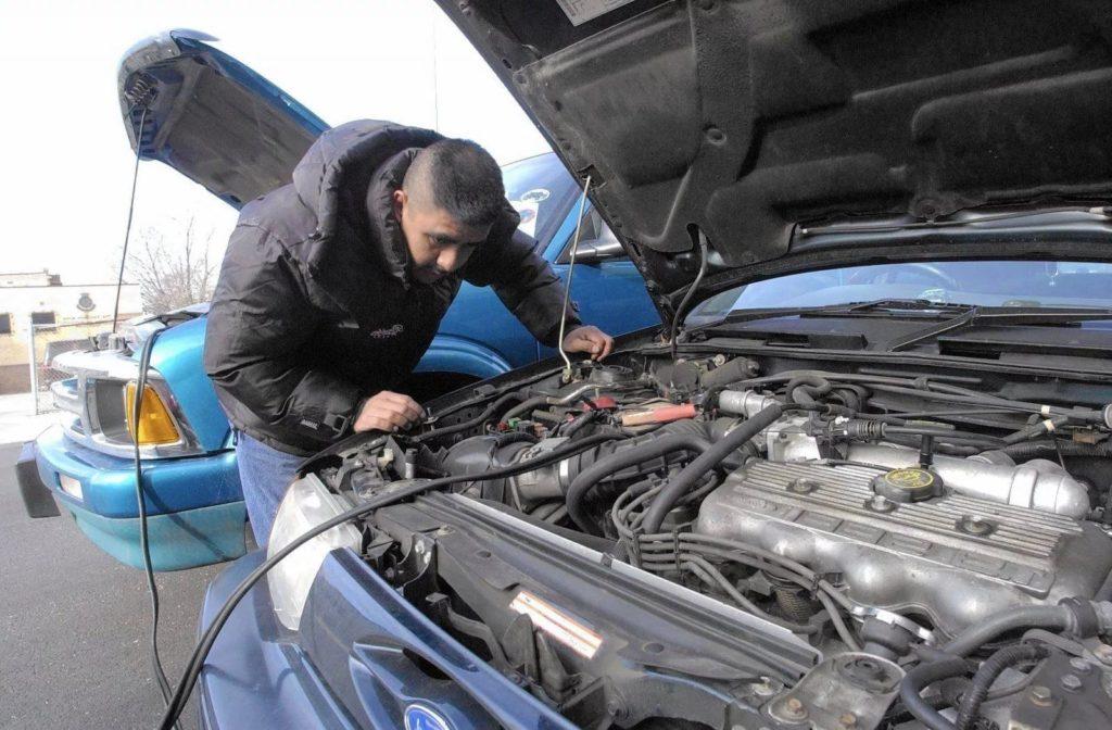 Техническая диагностика автомобиля своими силами. Восемь советов как определить состояние двигателя при покупке автомобиля